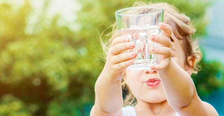 acqua buona dal rubinetto di casa grazie ai purificatori ad osmosi inversa