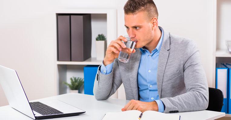 acqua sempre buona in ufficio grazie all'erogatore per acqua