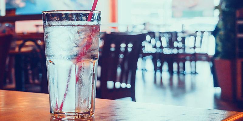 Acqua pulita nei bar e ristoranti