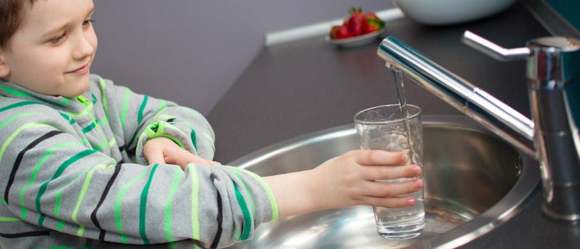 bere acqua sempre buona direttamente dal rubinetto di casa