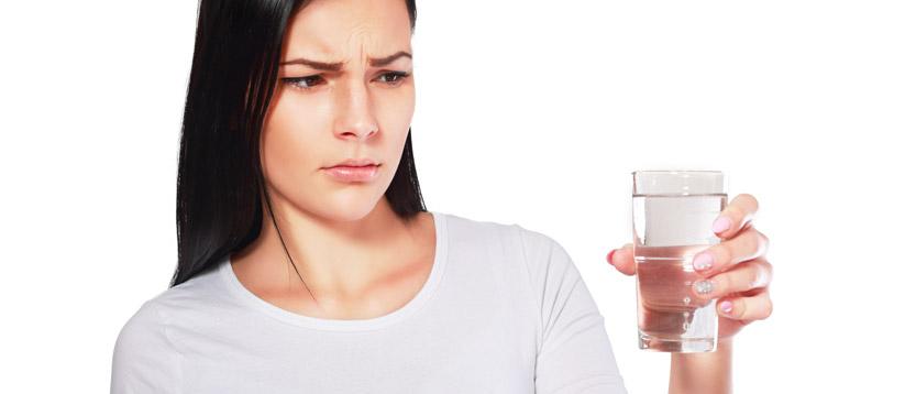 gli inquinanti che rendono l'acqua non potabile