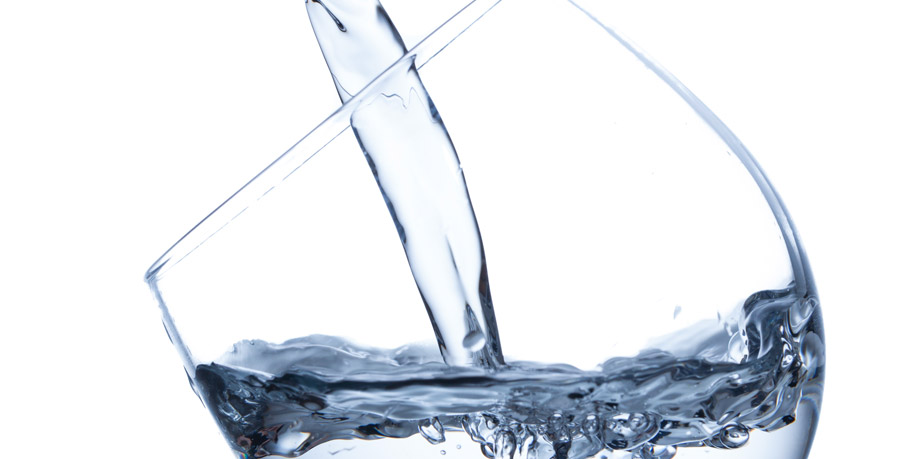acqua depurata da bere buona grazie ai depuratori d'acqua a osmosi inversa