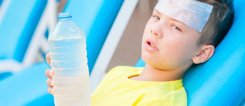 Disidratazione bambini, cause e rimedi