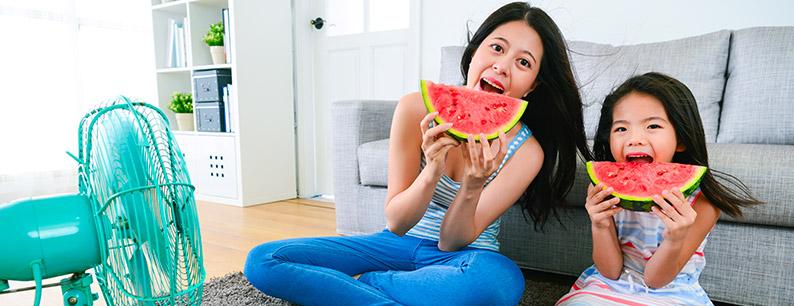 Mangiare frutta e verdura e bevande detox per un ottima alimentazione
