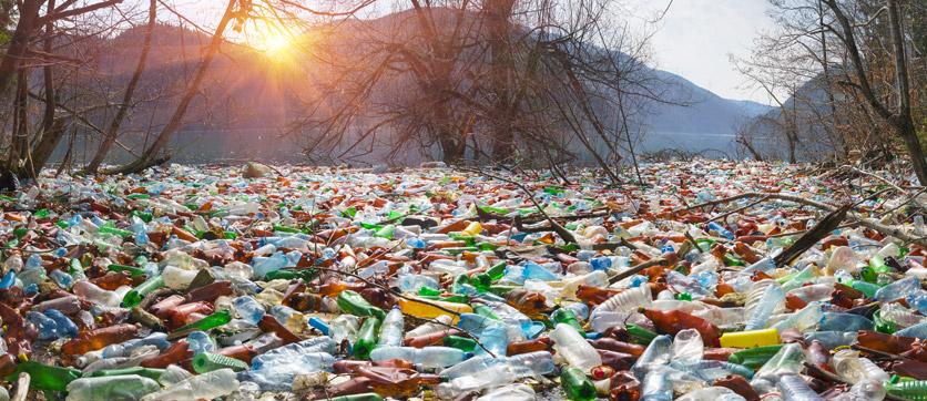 plastica nei mari e come aiutare l'ambiente prevenendo il problema con un depuratore