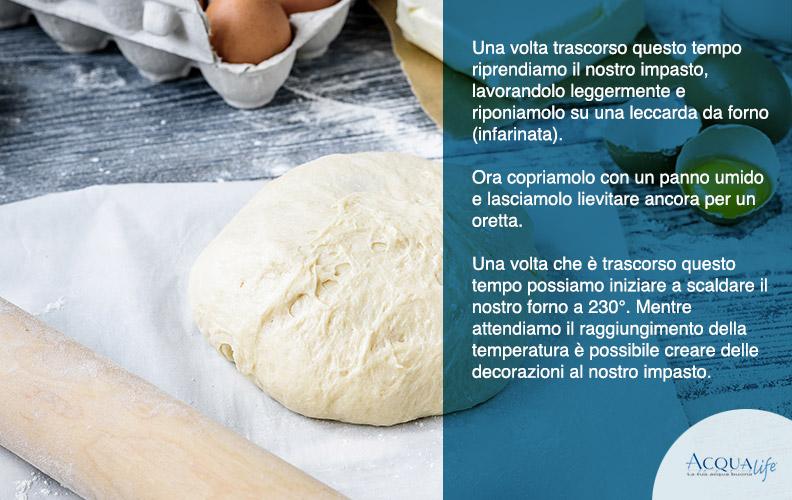 mettere un panno umido sopra la palla di pane per farla lievitare