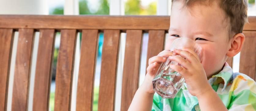 bere acqua pura con i depuratori d'acqua domestici