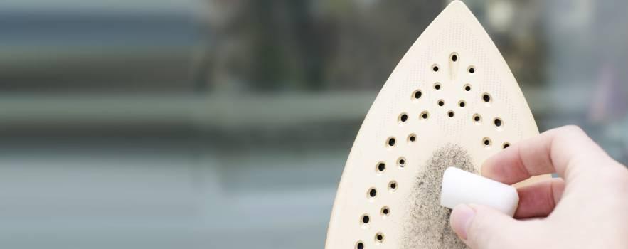 il calcare ostinato nel ferro da stiro