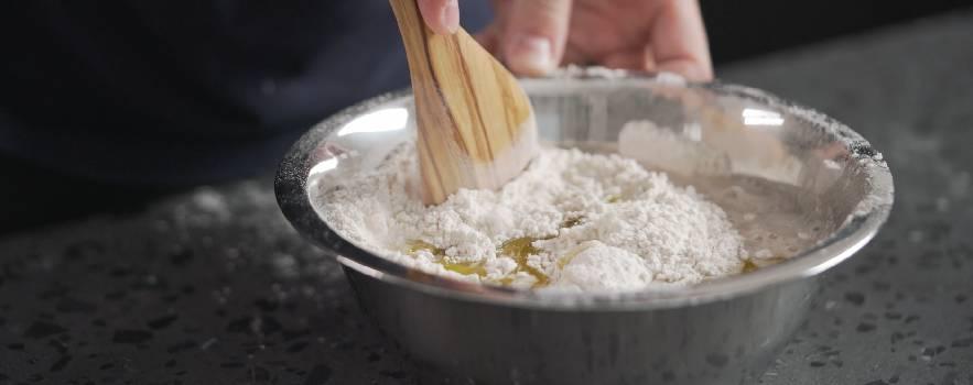 la ricetta dei grissini all'acqua è molto semplice
